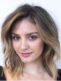 Medium Two-Tones Capless Wavy Human Hair Wigs With Side Bangs